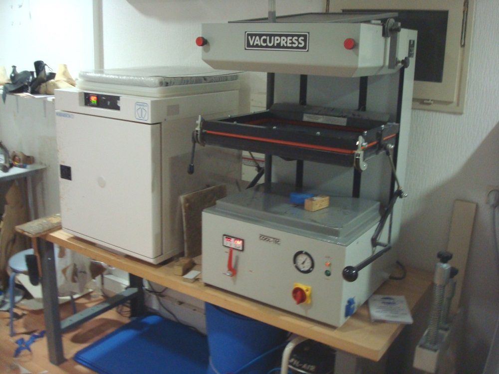 MACHINE VACUPRESS