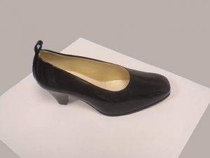 chaussures othopédiques polyarthrite femme réalisées par Confort Orthopédie Toulouse, Balma, Quint Fonsegrives, L'Union, Labège et Castanet Tolosan
