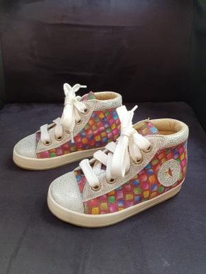 chaussures de verticalisation enfant paraplégique